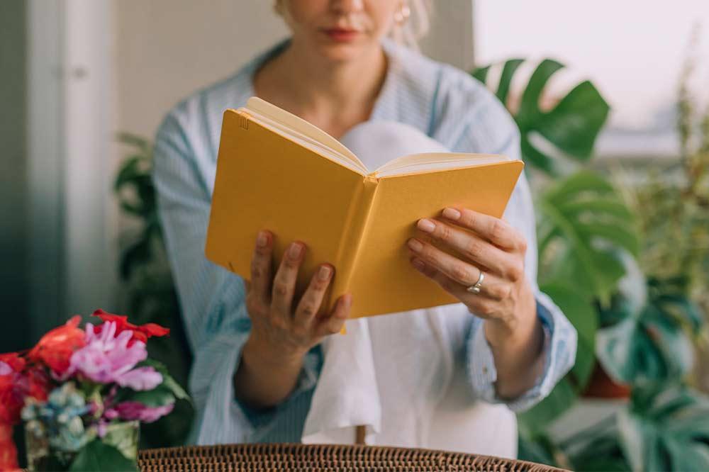Czytanie książek to jeden z najlepszych sposobów, by wydłużyć życie