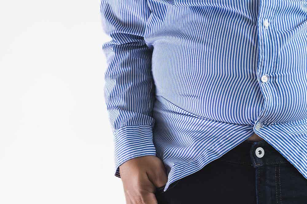 Niedobór testosteronu – w jaki sposób nadwaga zmienia mężczyzn w kobiety
