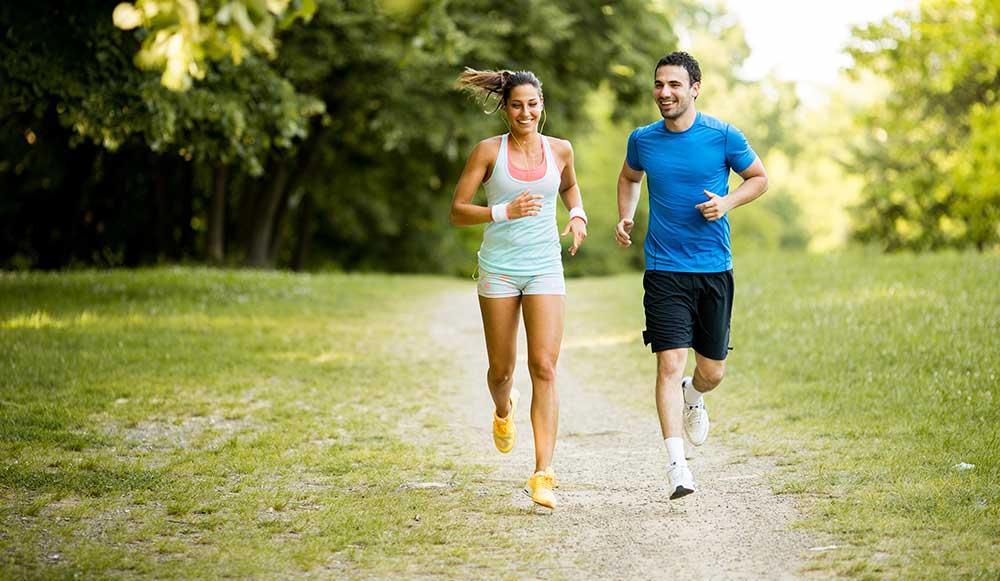 Lekka aktywność fizyczna (120 minut tygodniowo) jest silnym lekiem na choroby serca