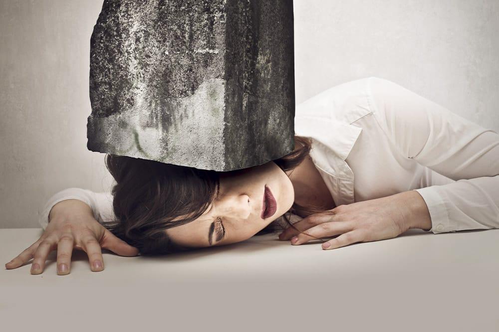 Skąd tak naprawdę bierze się ból głowy?