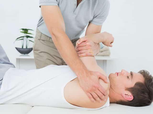 Czym się zajmuje fizjoterapeuta