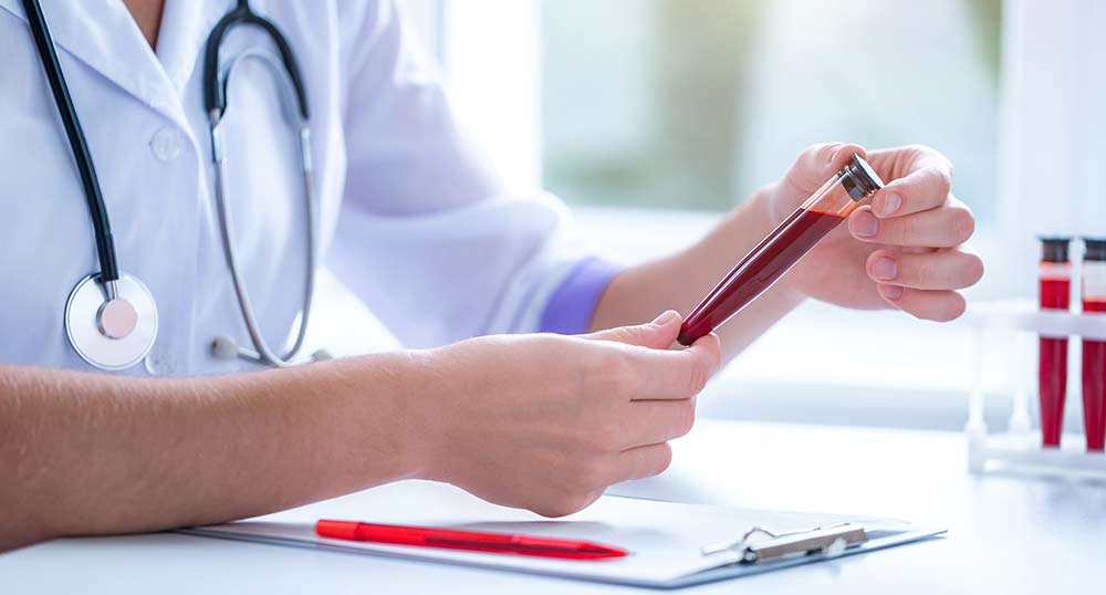 Zapalenie jelit – co badać w krwi